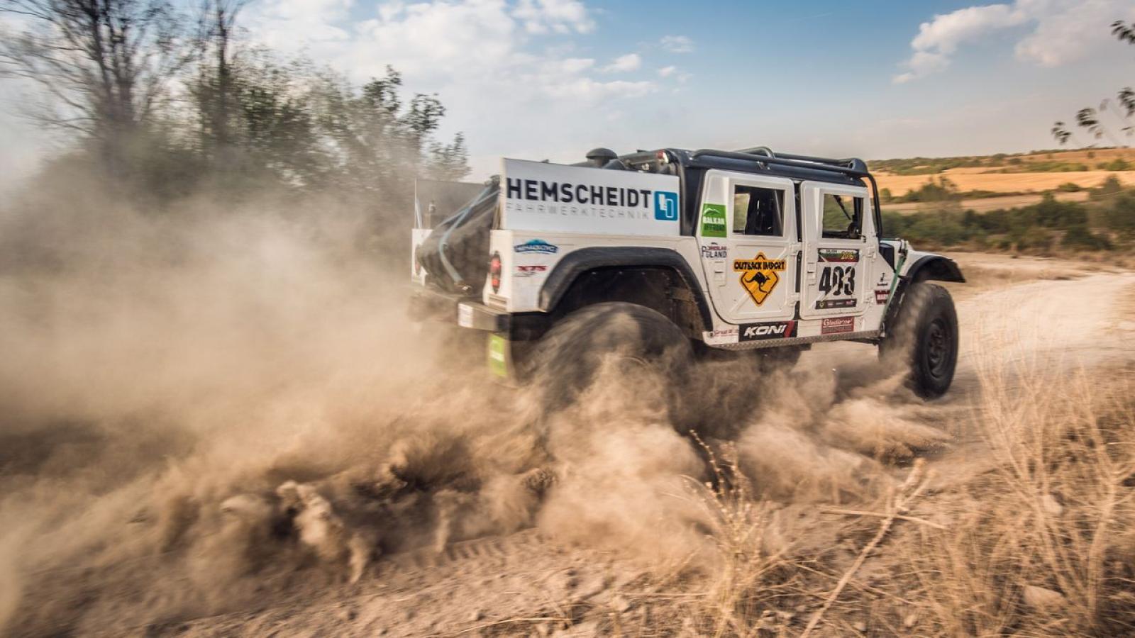 Mercedes Benz Unimog Hummer H1 Rally Truck - 4