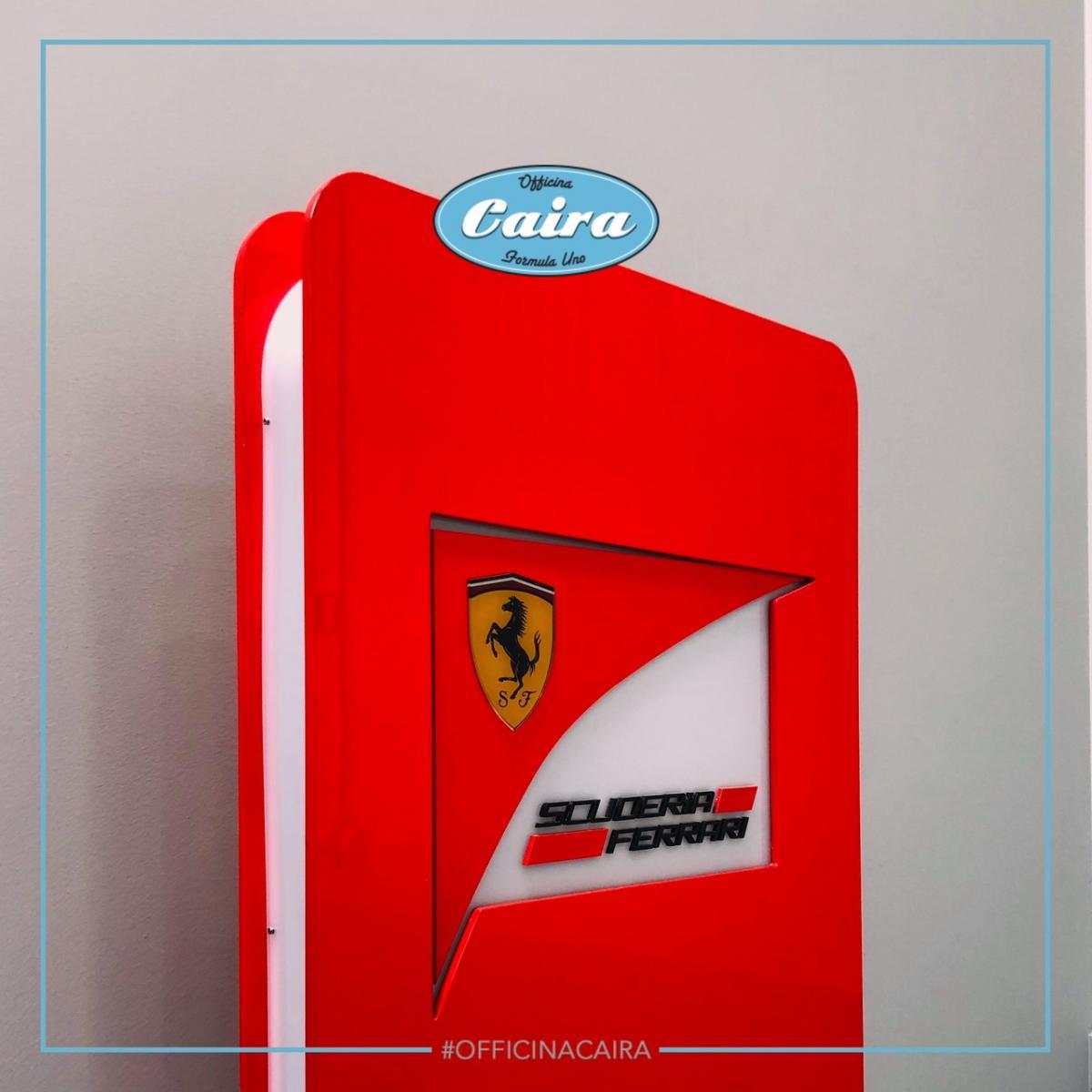 Original Totem, Signboard Scuderia Ferrari - 2000s - F1 - 4