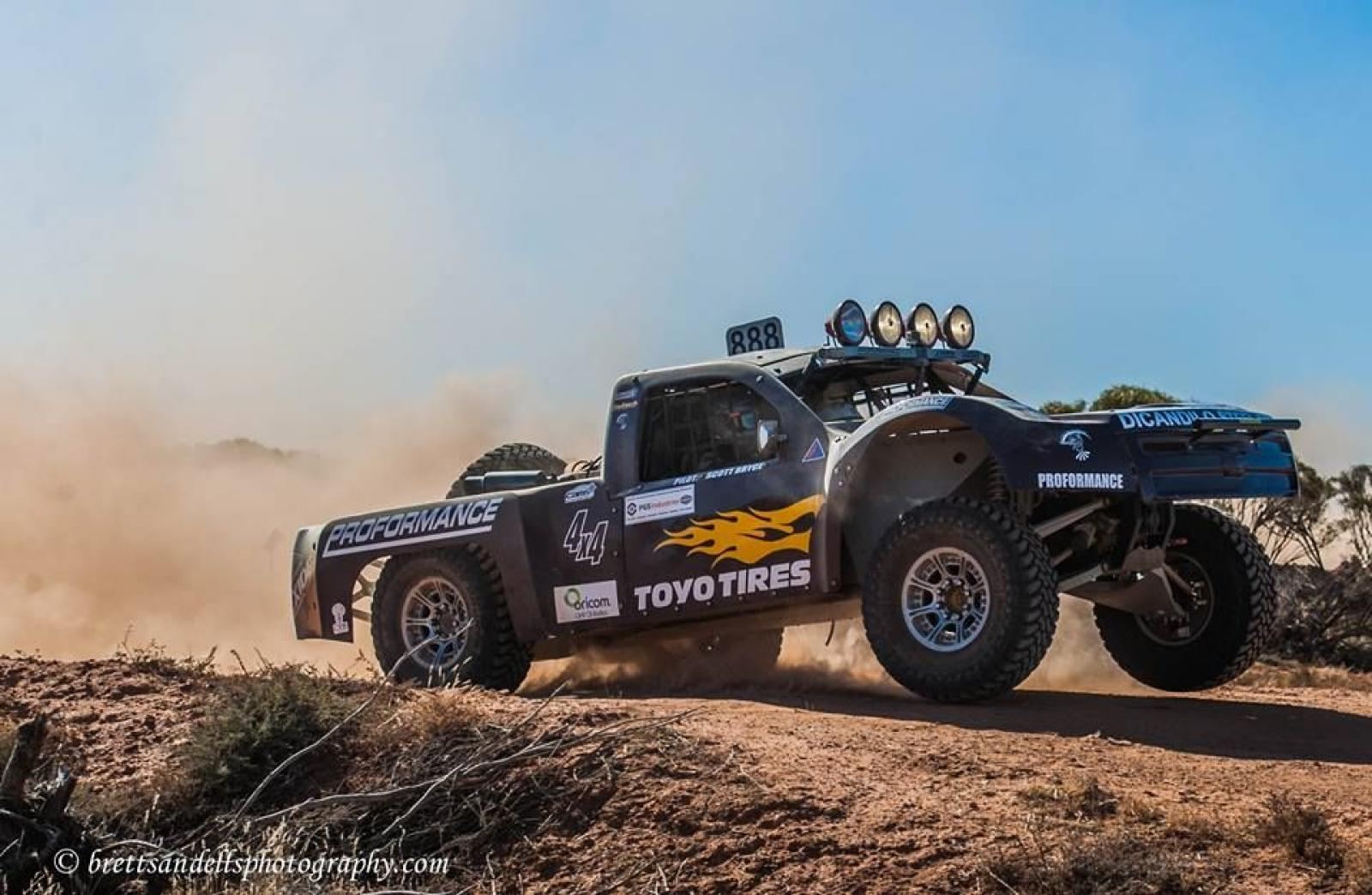 4X4 Desert Racing Truck - Nascar Engine - IFS - IRS - 2