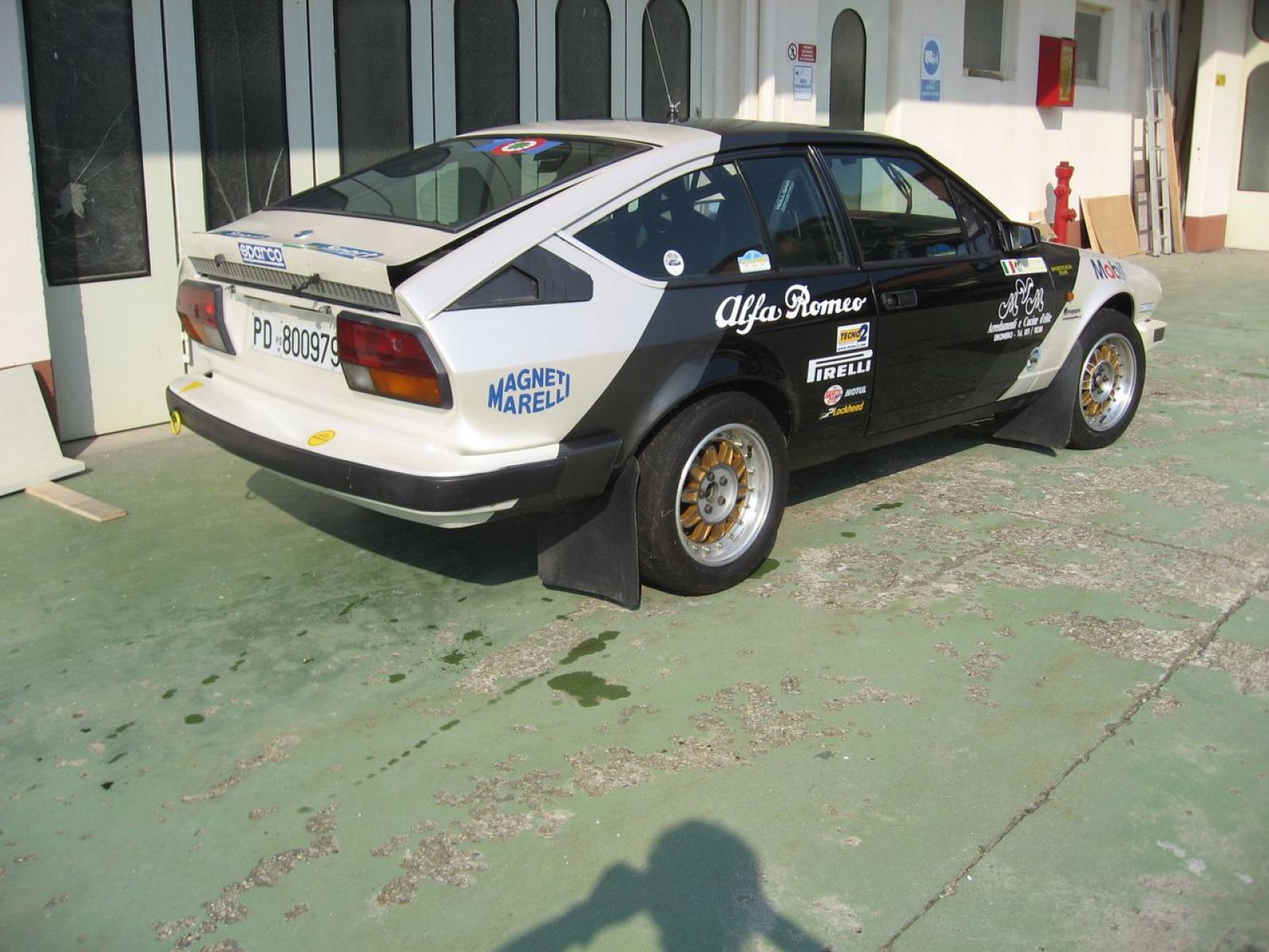 Alfa Romeo GTV 2.5 V6 gr.A - 2