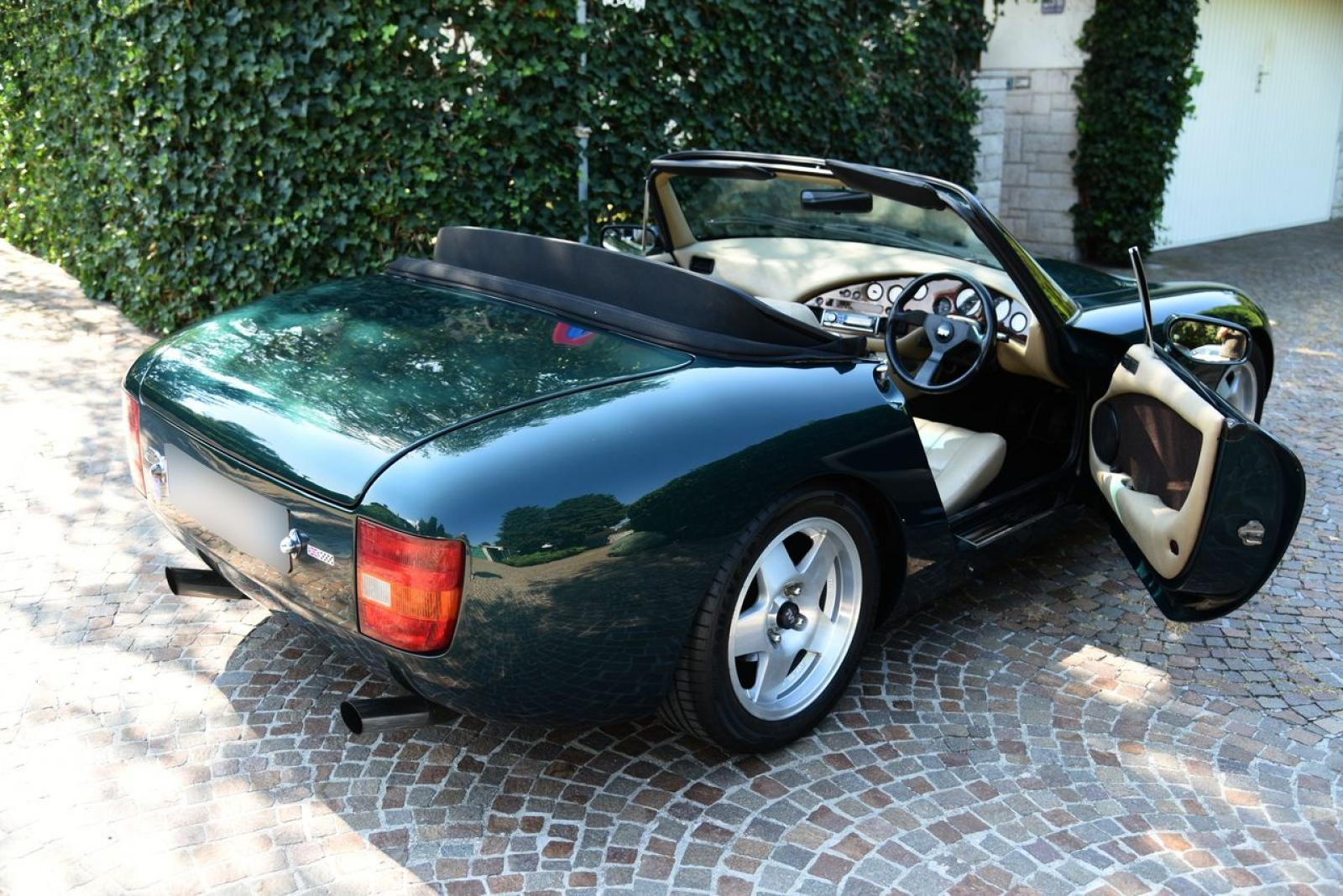 TVR Griffith - 5