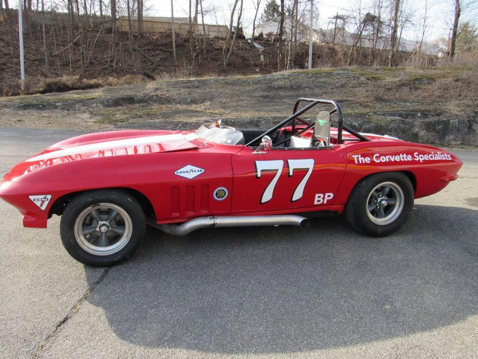 1965 Chevrolet Corvette Vintage Race Car - 1