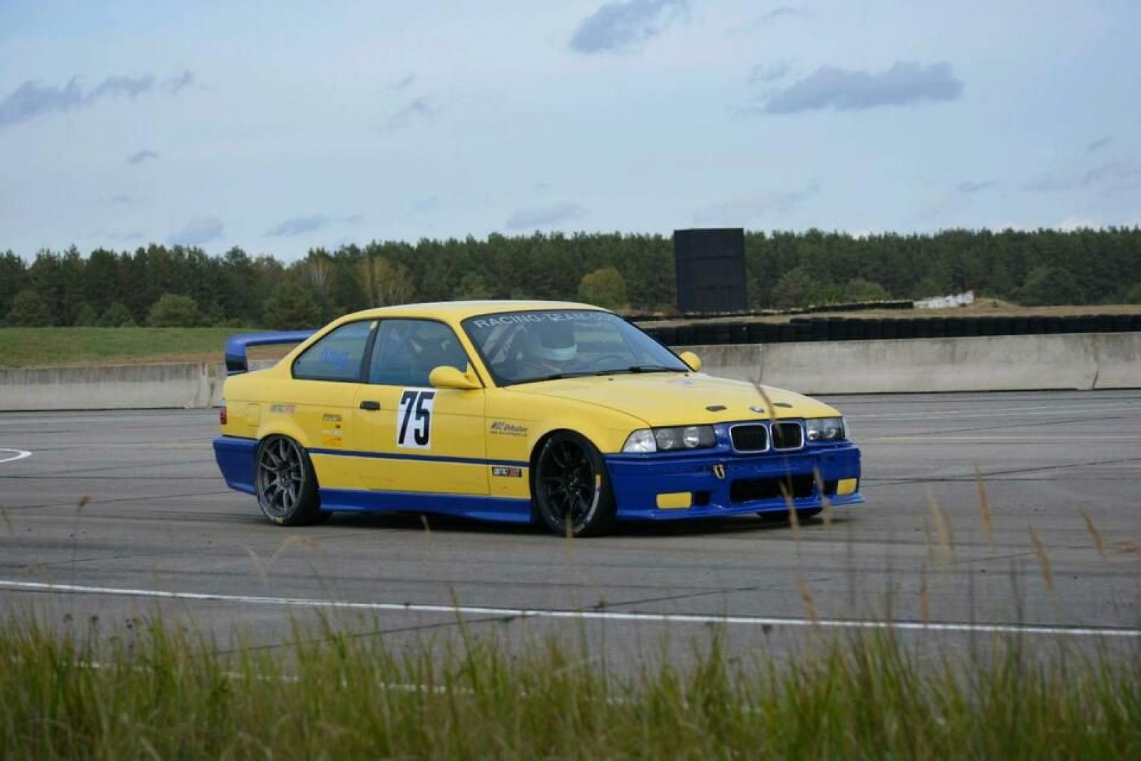 BMW M3 3,2L E36 - 2