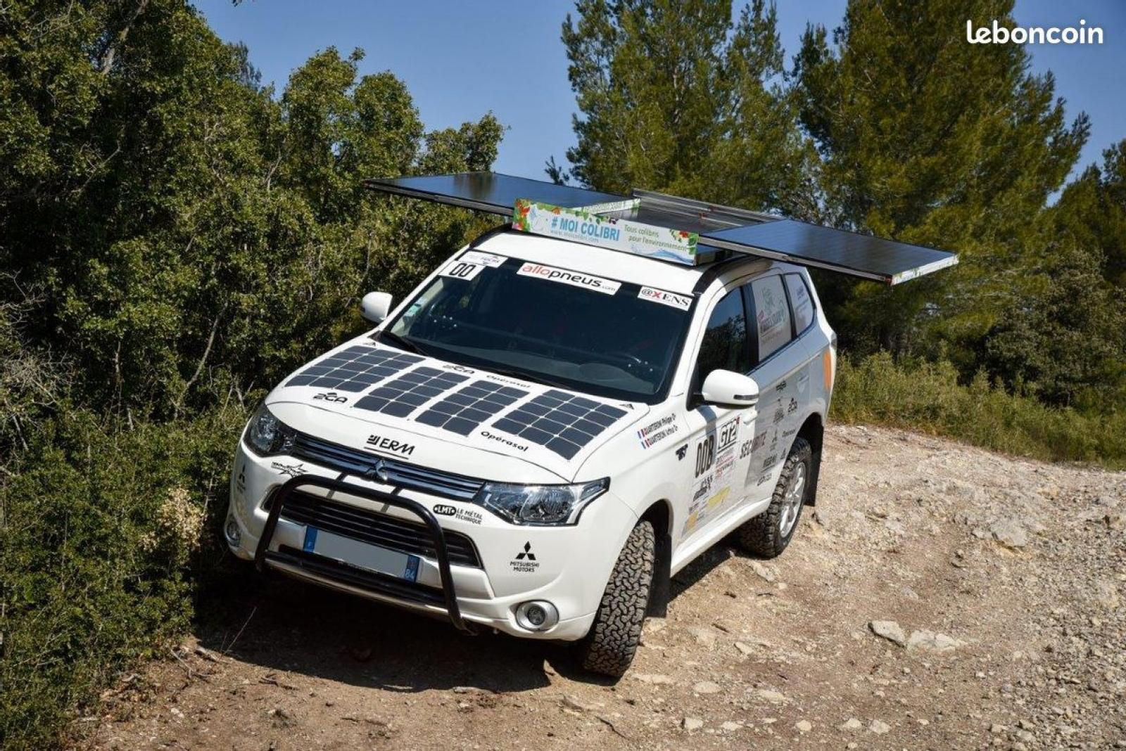 MITSUBISHI Outlander 4x4 PHEV Hybrid and Solar for Rally Orientation and Expedition - 3