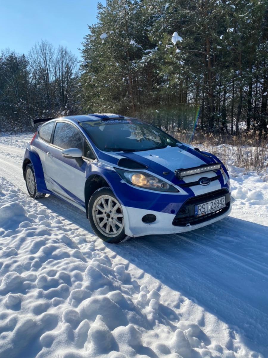 Ford Fiesta R1 - 1