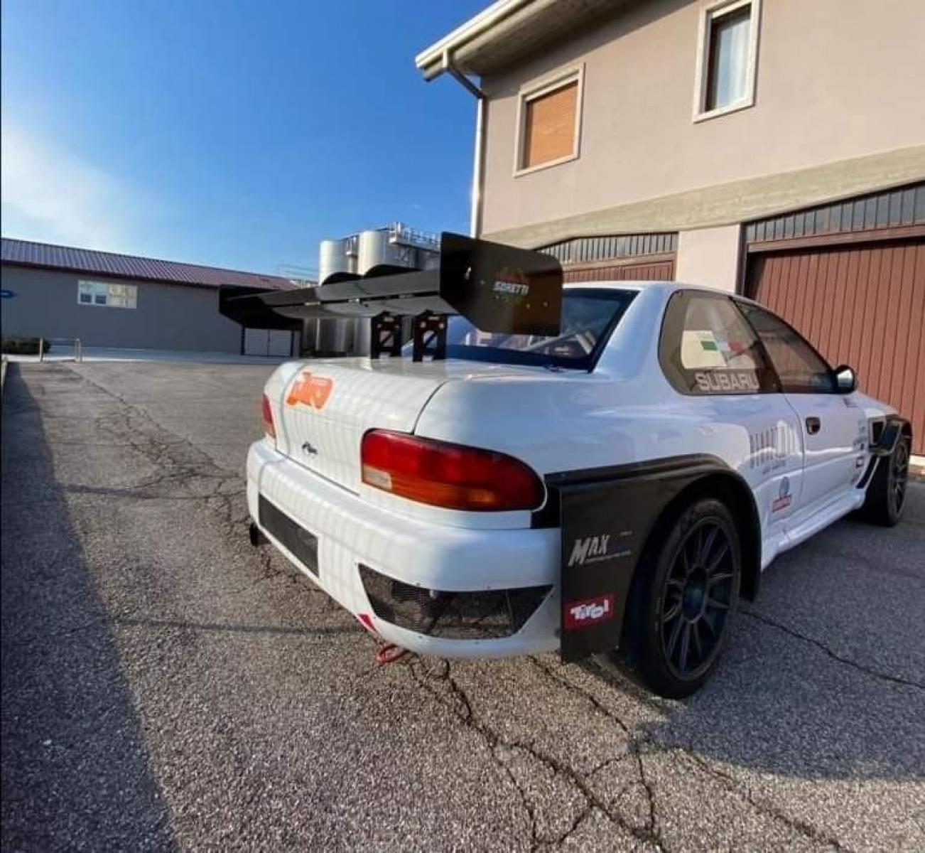Subaru Impreza mod. WRX - 4