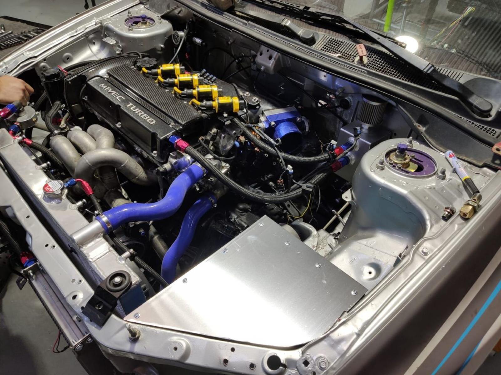 Mitsubishi Evo 9 WRC Replica - 5