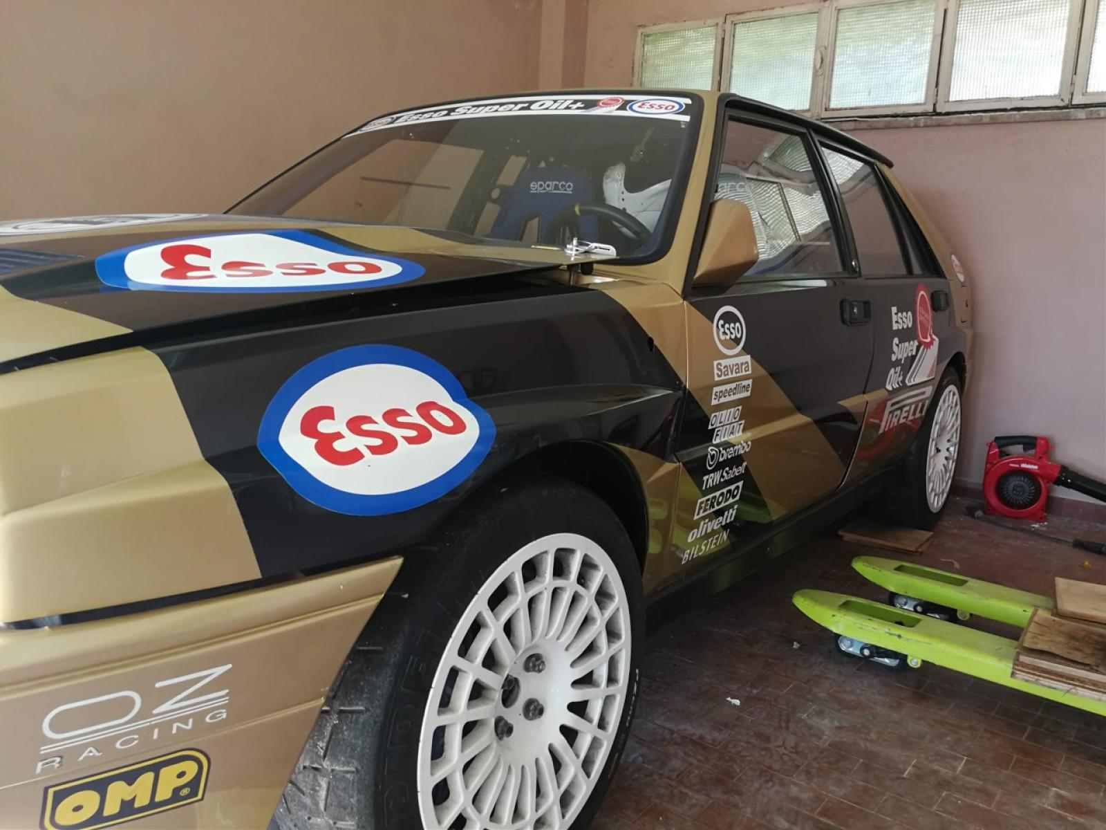 Lancia Delta Integrale 16v HF rally - 2