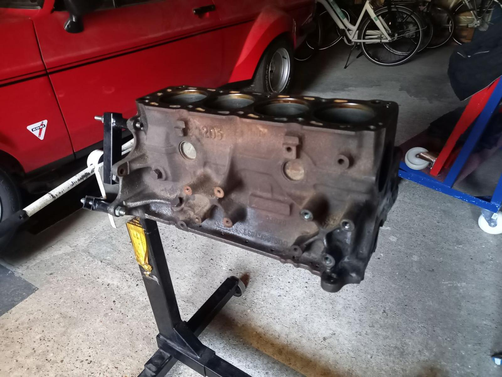 Ford Pinto 2.0 ltr OHC - 4