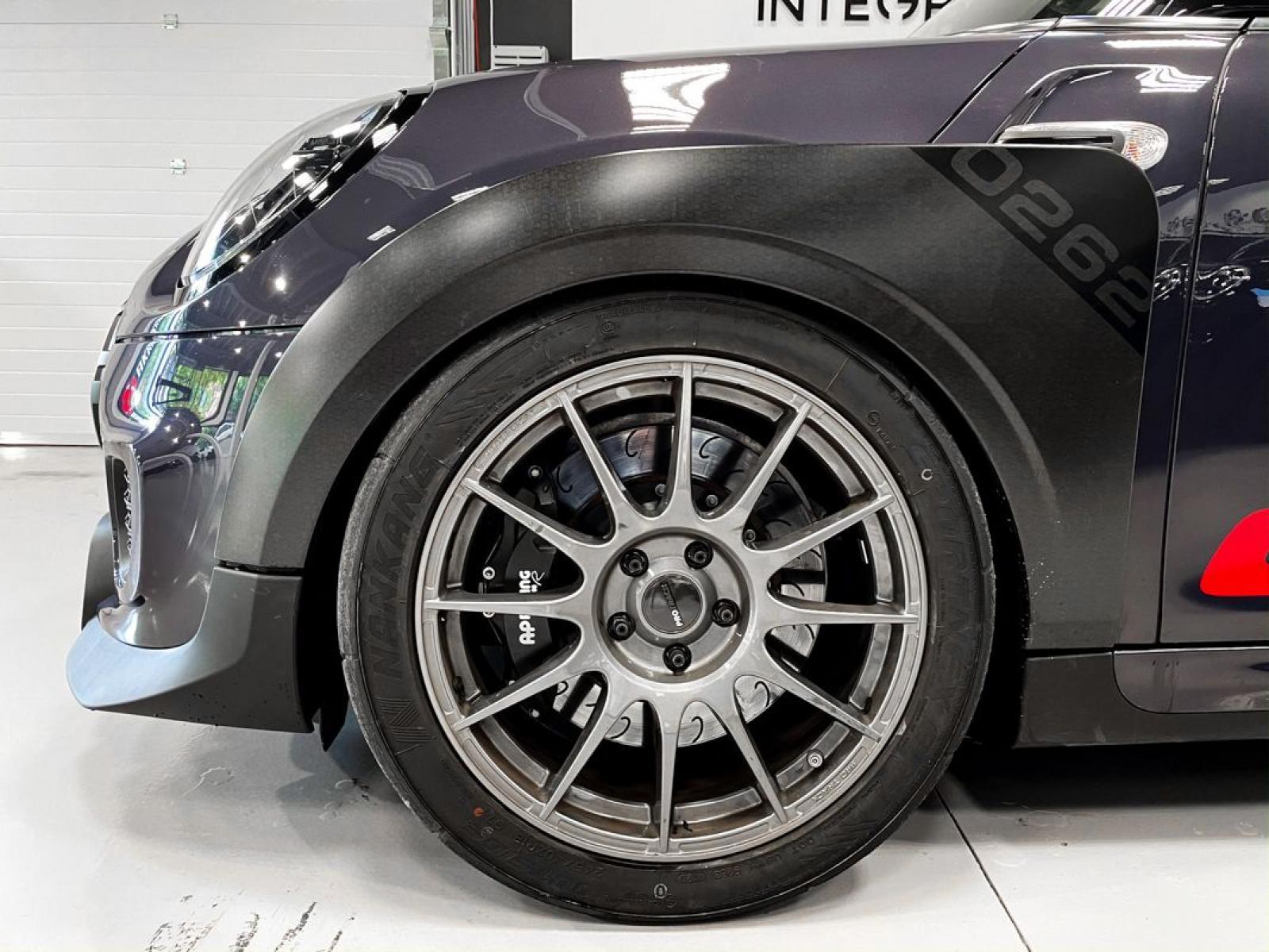 Mini GP 2020 RR Riera Racing maantee seaduslik - 5