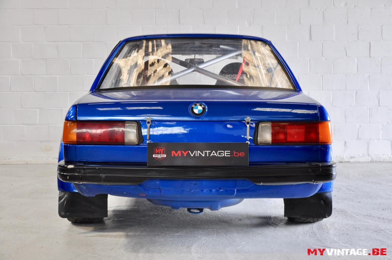 BMW 323 - 6