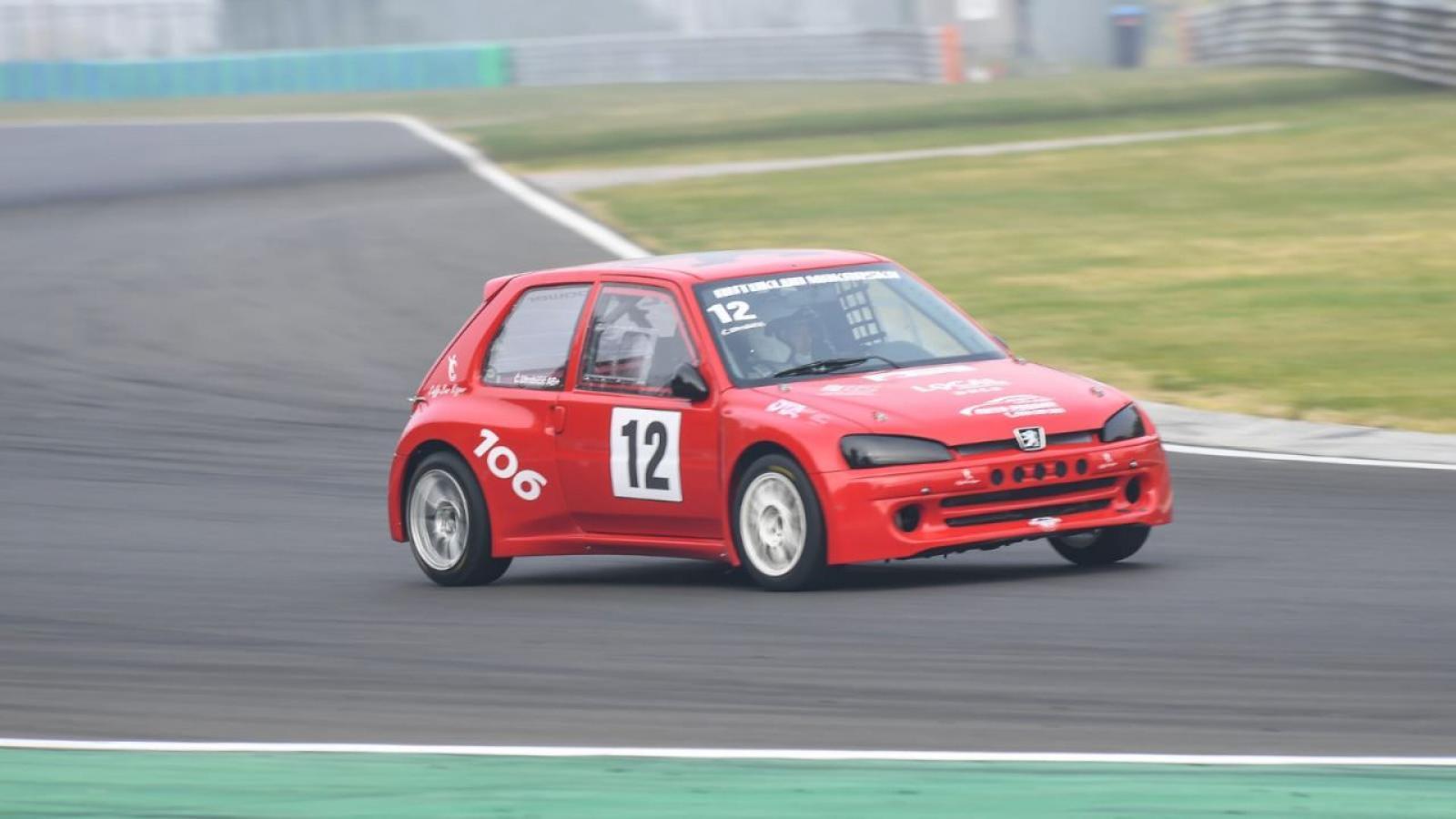 Peugeot 106 Maxi - 1