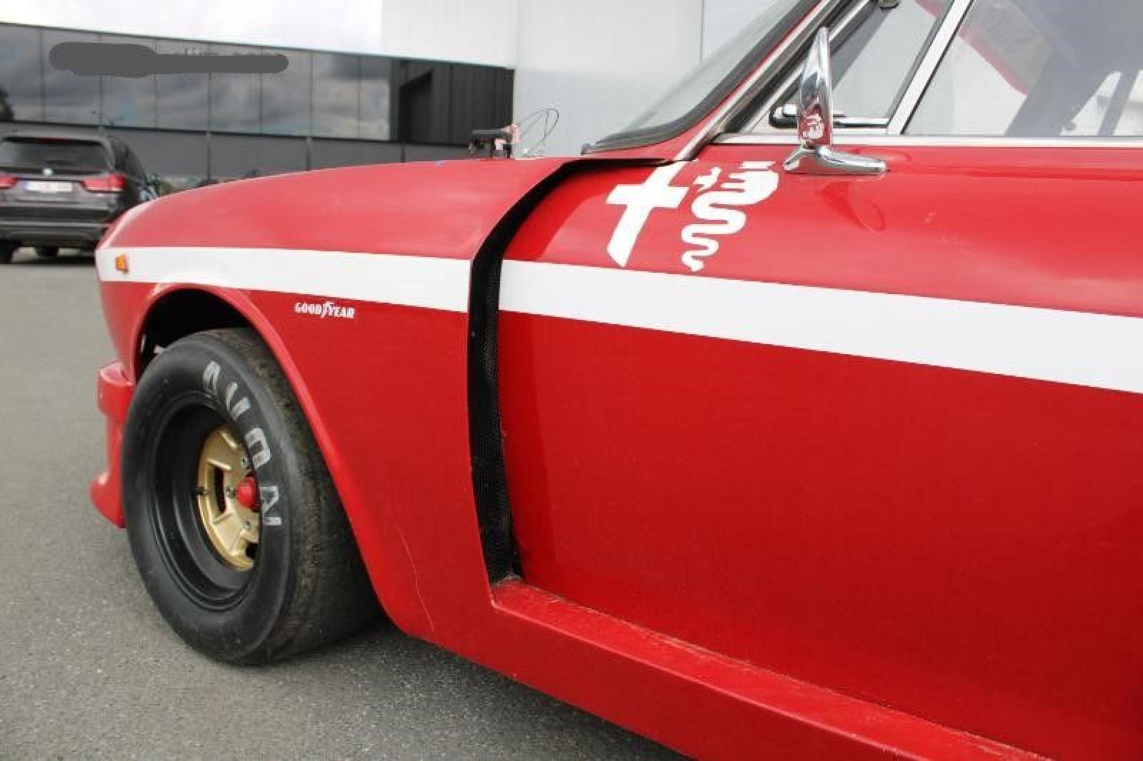 Alfa Romeo GT 1750 Veloce - 8