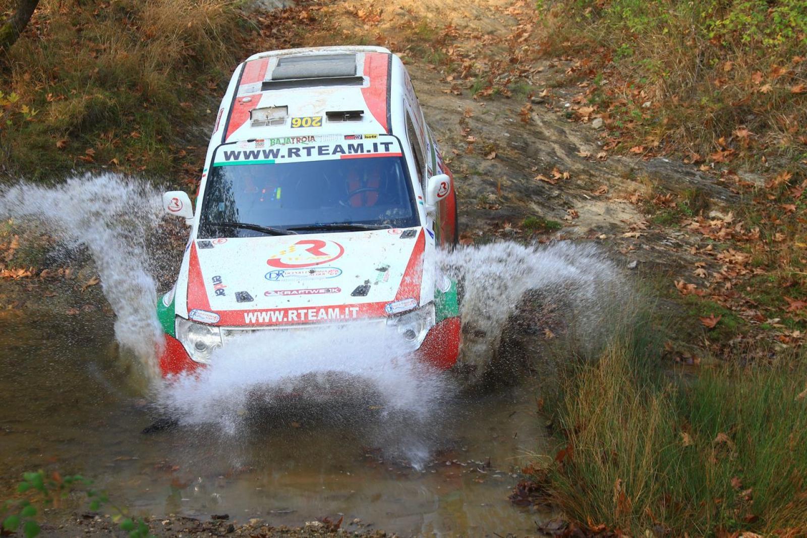 Mitsubishi Pajero WRC T1 - 4
