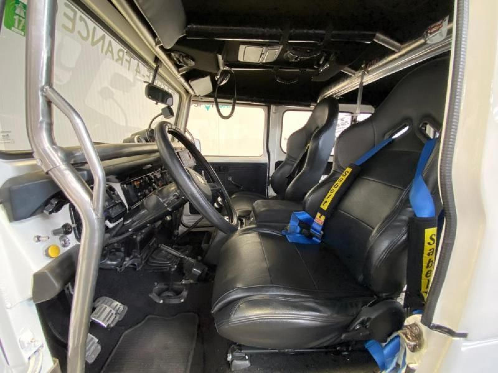Toyota Land Cruiser - 6